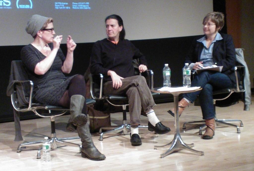 (L-R) Lisa Kron, Moe Angelos, Sara Warner. (Image by Martha Wade Steketee)