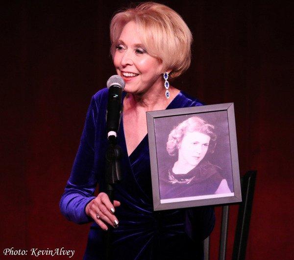 image 2 Julie Halson + mother Dolly (Kevin Alvey)